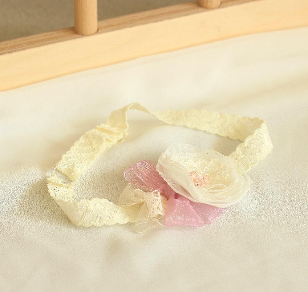 Лента за бебе екрю и розово
