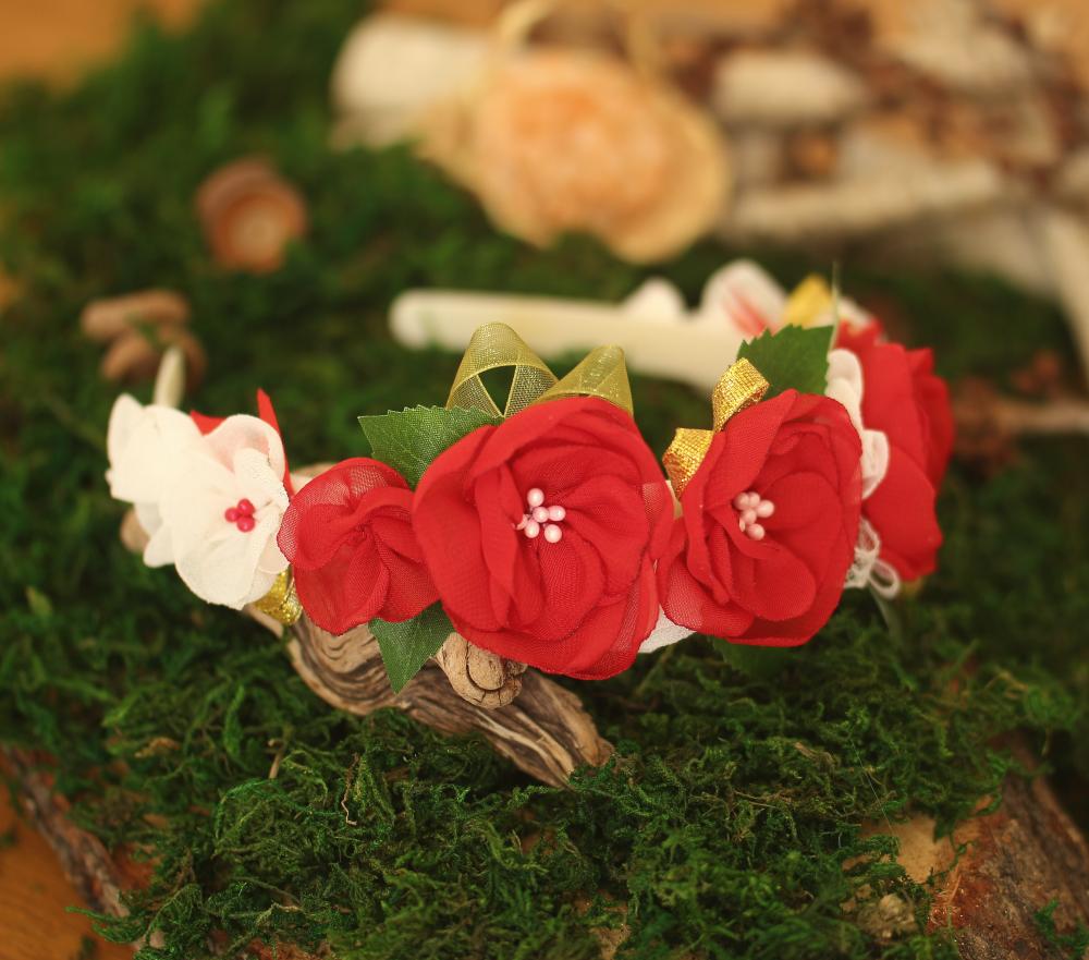 Диадема с цветя