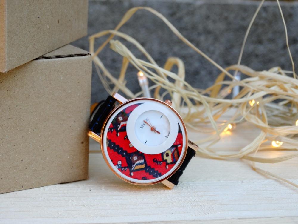 Часовник Пиле черен