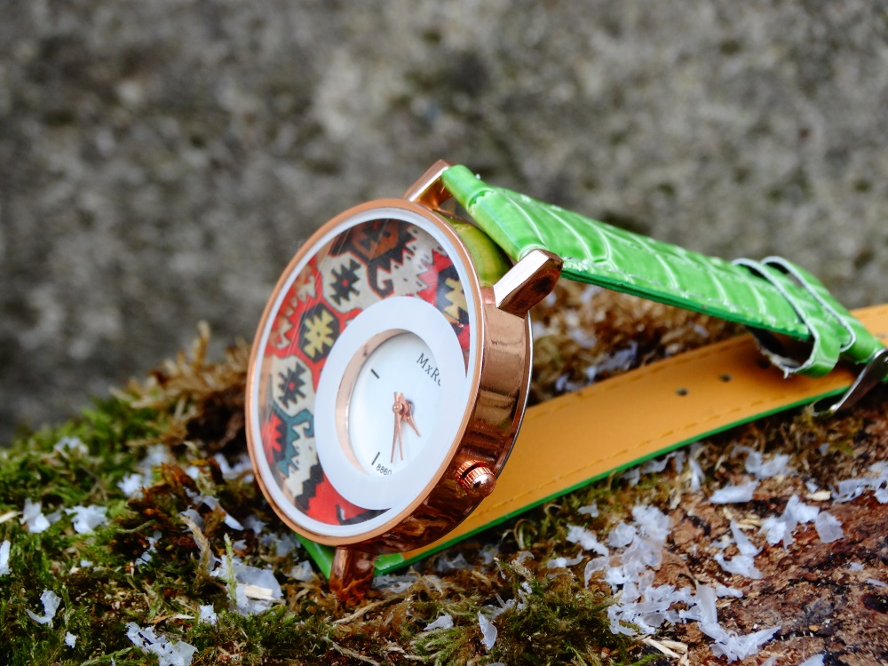 Часовник кука и канатица  зелен