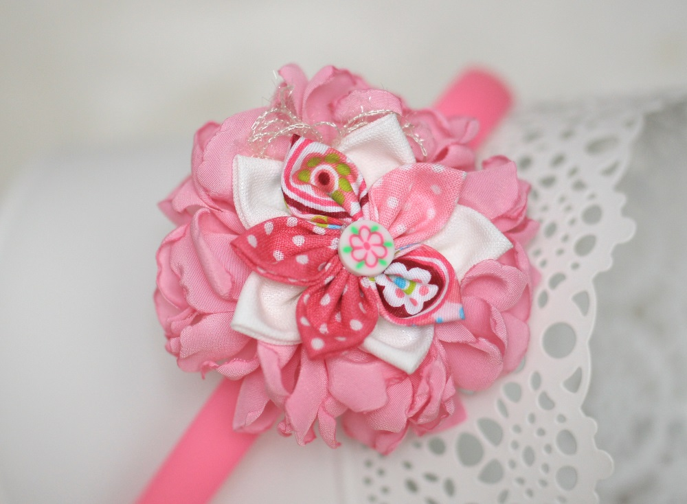Диадема в розово