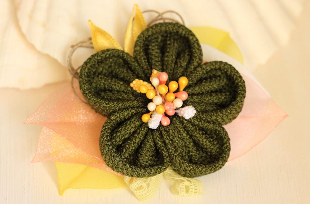 Диадема зелено цвете