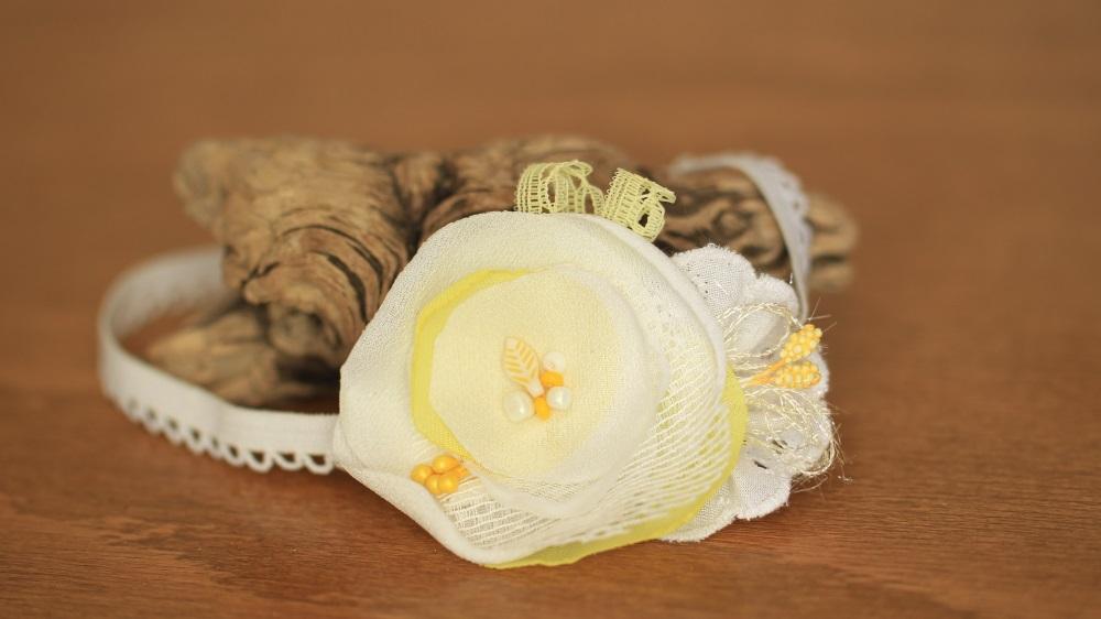 Ластична лента за бебе жълто