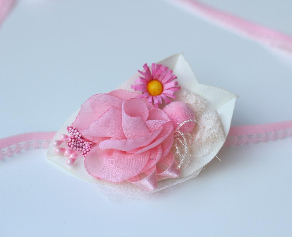 Лента в бяло и розово