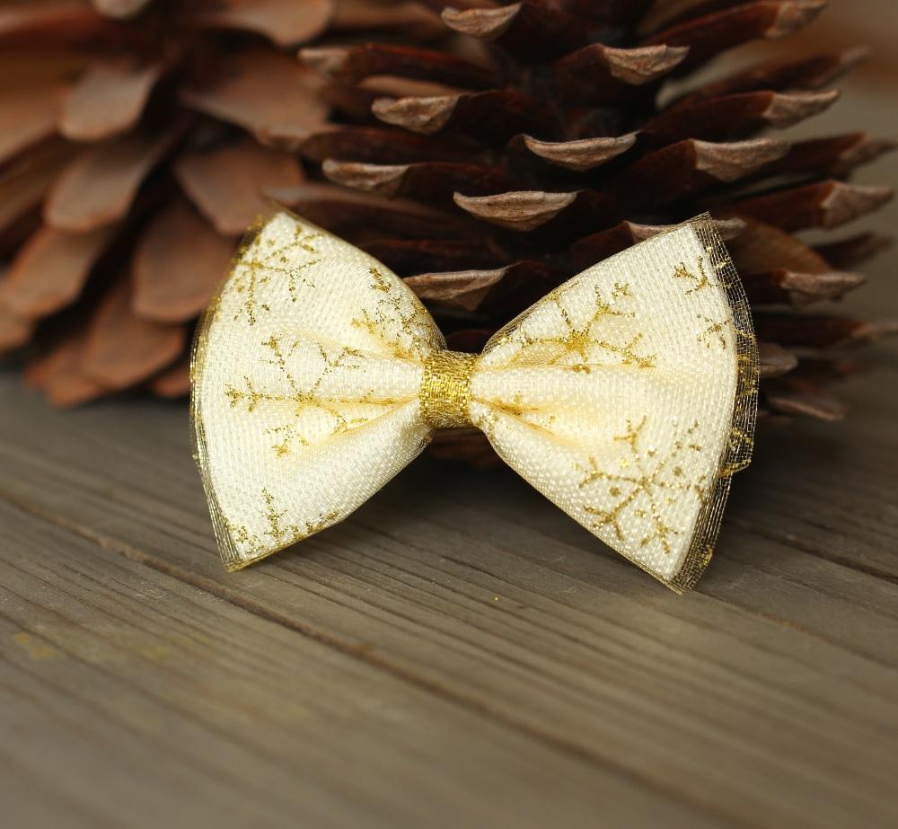 Шнолка златни снежинки